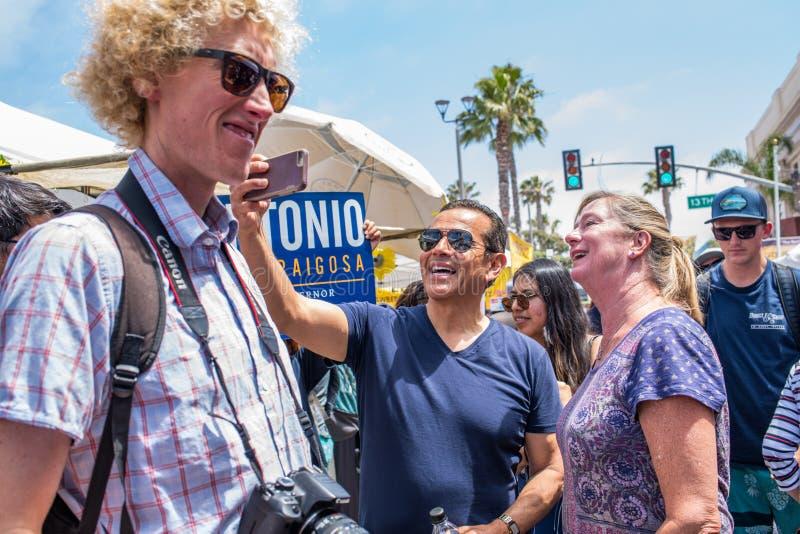 California Gubernatorial candidate Antonio Villaraigosa campaigning in Hermosa Beach, California. Hermosa Beach, Ca: 5/28/2018: California Gubernatorial stock images