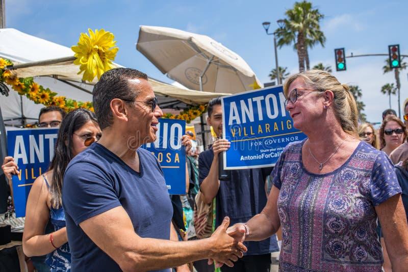California Gubernatorial candidate Antonio Villaraigosa campaigning in Hermosa Beach, California. Hermosa Beach, Ca: 5/28/2018: California Gubernatorial stock photos