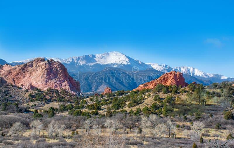 Hermosa vista de las montañas rojas de la roca en Colorado imagen de archivo libre de regalías