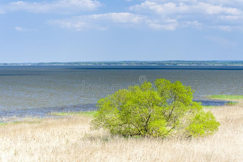 Hermosa vista del ebsko del  del lago Å imagen de archivo