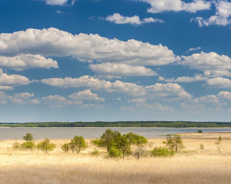 Hermosa vista del ebsko del  del lago Å fotos de archivo