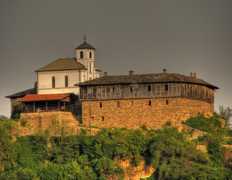 Hermosa vista del monasterio de Glozhene foto de archivo libre de regalías