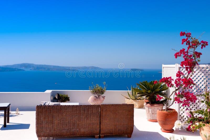 Hermosa vista del paisaje marino mediterráneo del Mar Egeo de Santorini imágenes de archivo libres de regalías