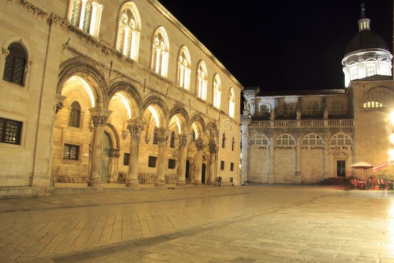 Hermosa vista del palacio del dvor del ev del ¾ de KneÅ del rector en Dubrovnik, Croacia fotos de archivo libres de regalías