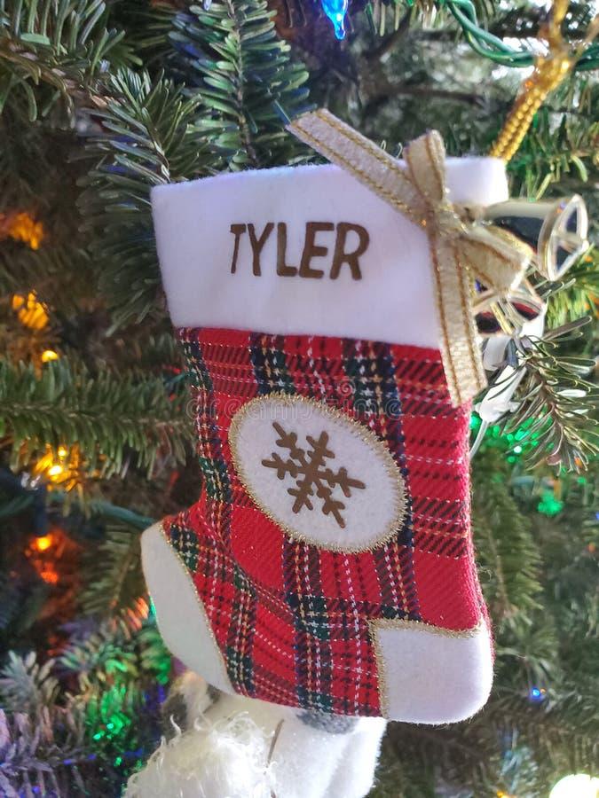 Hermosas fiestas de Navidad adornadas hoho santa decoraciones de árboles foto de archivo