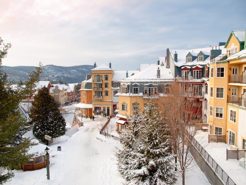 Hermoso Monte-Tremblant la aldea de la estación de esquí foto de archivo libre de regalías