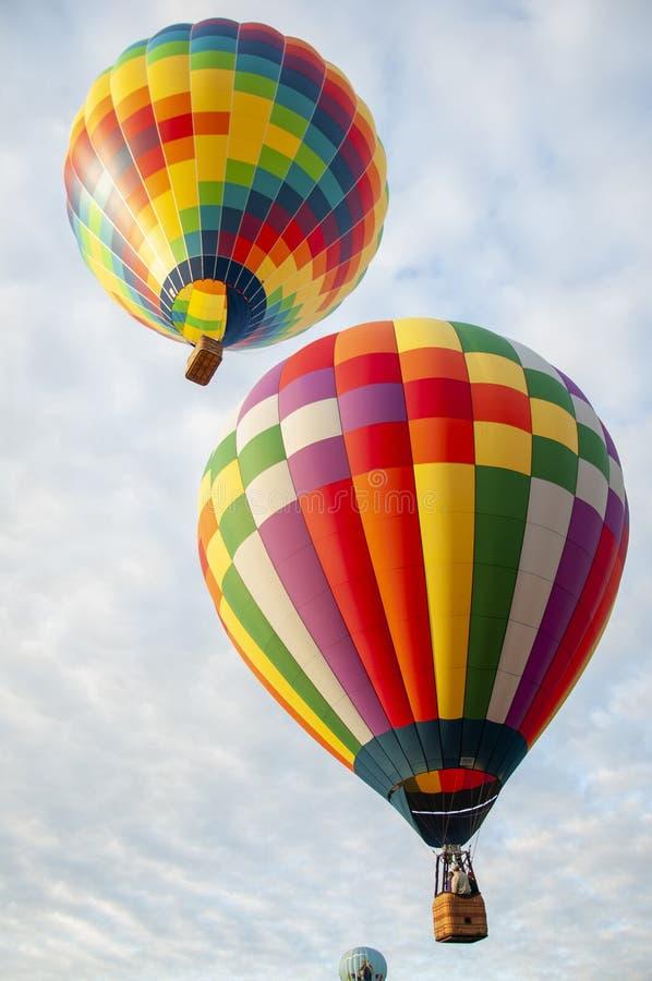 Hermoso y colorido aire caliente Baloon-Treinta imagen de archivo