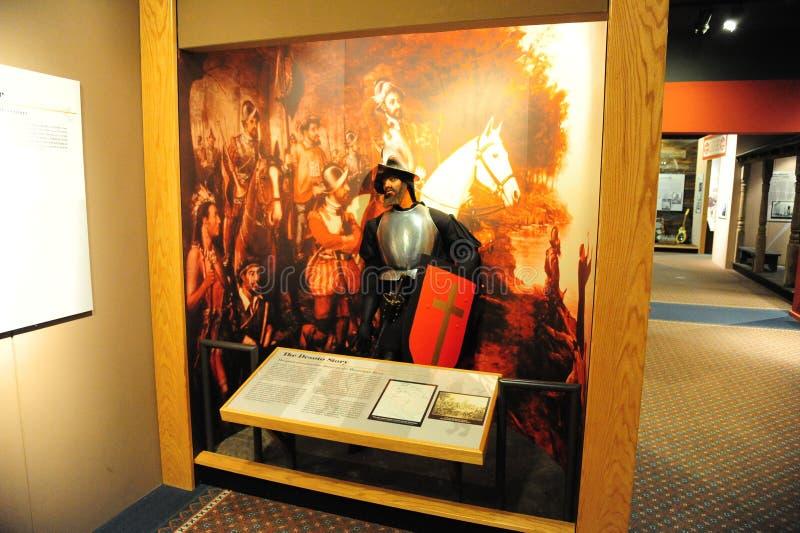 Hernando De Soto Exhibit bij het Tunica-Museum in de Noord-Mississippi stock afbeeldingen