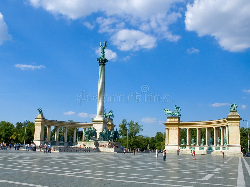 Download Hero Square, Budapest 1 stock image. Image of tour, tourist - 256095