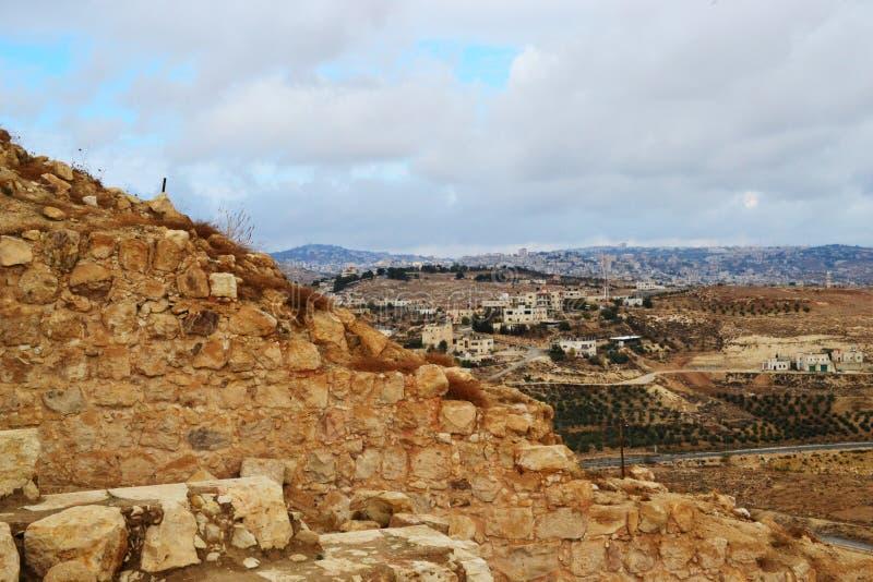 Herodium Herodion, крепость Herod большая, взгляд палестинской автономии, westbank, Палестины, Израиля стоковые изображения rf