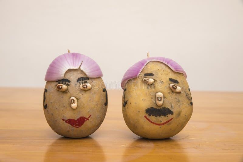 Herr und Frau potatoes lizenzfreie stockbilder