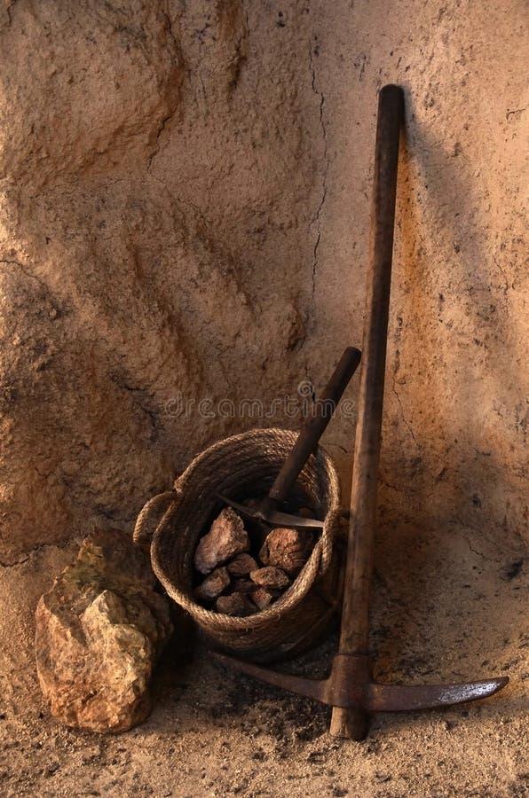 Herramientas de la explotación minera imagen de archivo libre de regalías