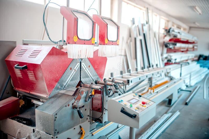 Herramientas de la fábrica, fabricación industrial y equipo de producción fotos de archivo libres de regalías