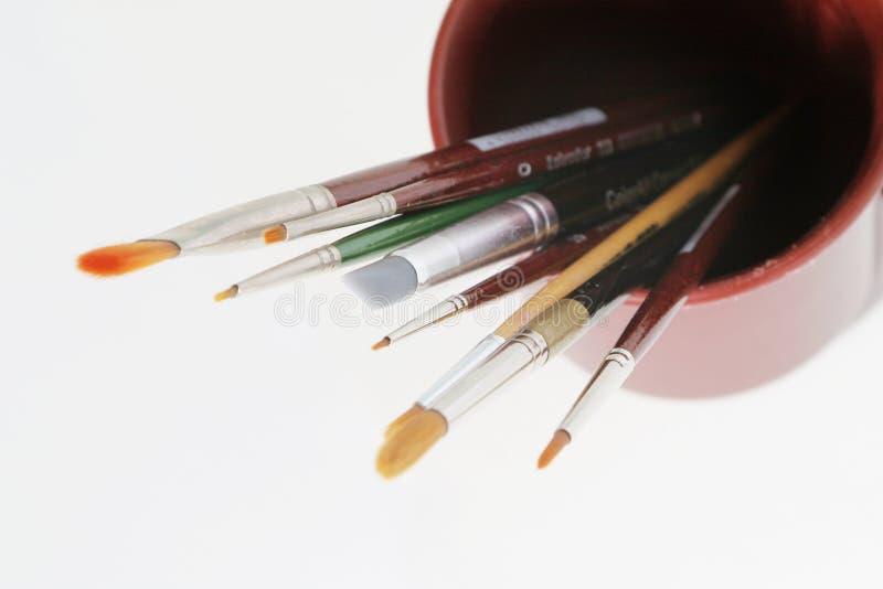 Herramientas del arte - cepillos foto de archivo libre de regalías