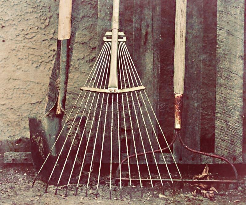 Herramientas del comercio - labores de jardinería fotografía de archivo libre de regalías