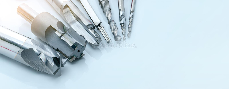 Herramientas especiales aisladas en fondo blanco Fabricado para pedir herramientas especiales Detalle de taladro y de lectura en  imagenes de archivo