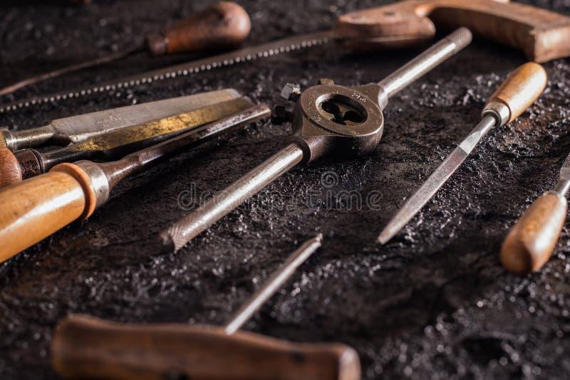 Herramientas viejas de la carpinter?a fotos de archivo