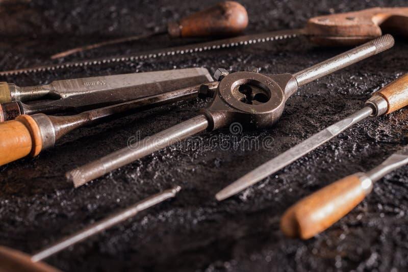 Herramientas viejas de la carpinter?a foto de archivo libre de regalías