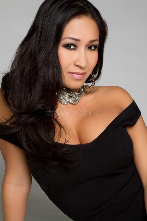 Herrliche asiatische Frau stockfotografie
