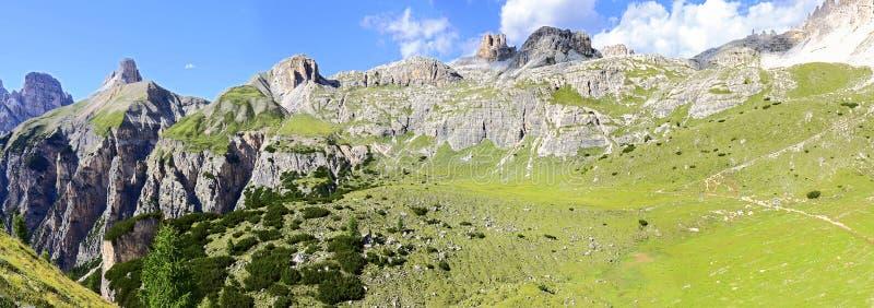 Herrliche Aussicht der Dolomit - Trentino Alto Adige auf den Nationalpark Sexten-Dolomit Italien lizenzfreie stockfotografie