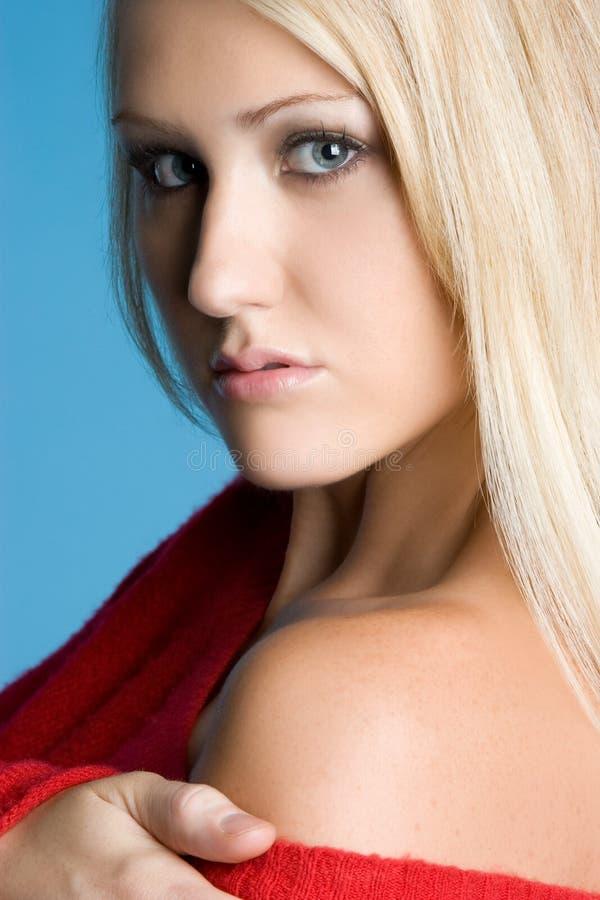 Herrliche blonde Frau stockfotografie