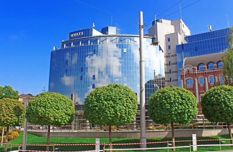 Herrliches glänzendes Hotel Hyatt öffnet Fünf-Sterneräume des gasthauses 234 in der Mitte von berühmter Sofia Place am hellen son lizenzfreies stockfoto