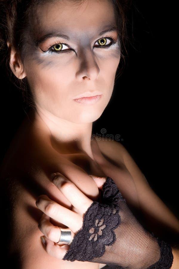 Herrliches Halloween-Mädchen stockbild