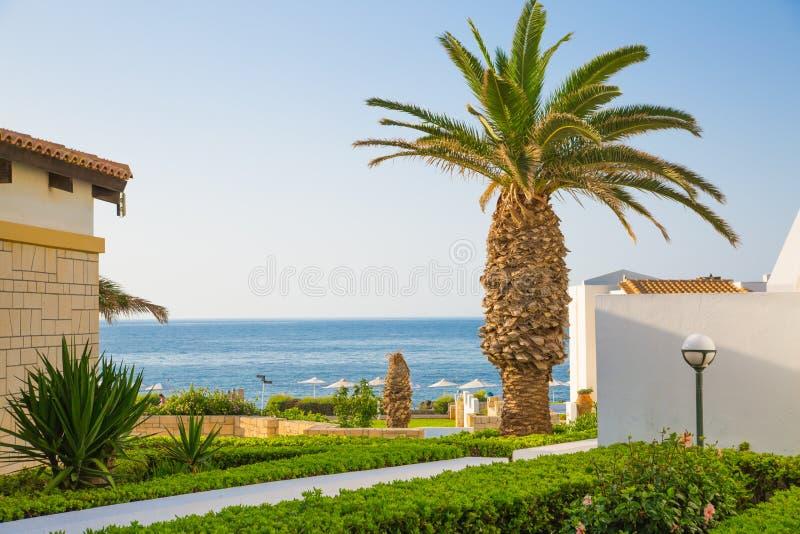 Hersonissos, Крит, гостиница Aldemar Knossos 5 звезд королевская с планом королевских вилл, surr деревн-стиля стоковое фото rf