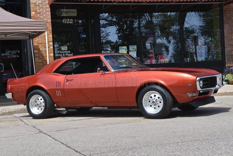 Herstelde 1969 Pontiac Firebird stock afbeelding