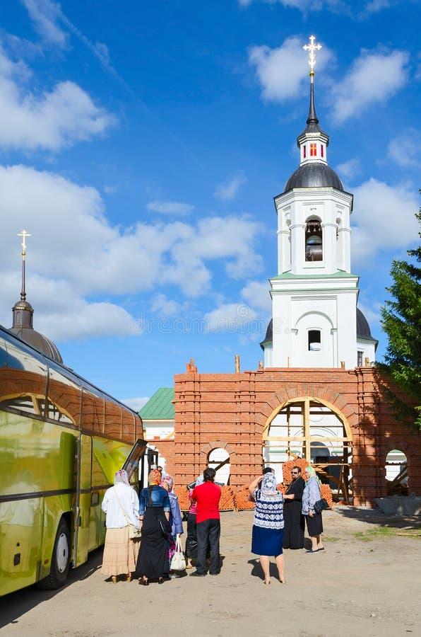 Herstelde tempel van Aartsengel Michael in Lazarevo dichtbij Murom, Rusland royalty-vrije stock afbeelding