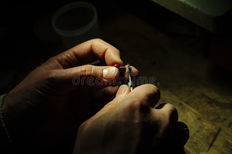 Herstellung des Schmucks stockbilder