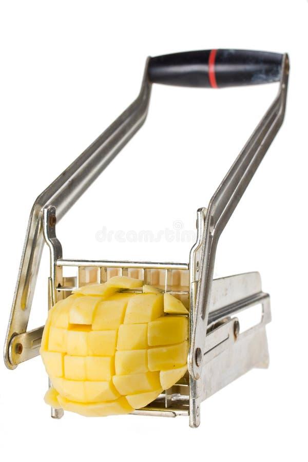 Herstellung von Pommes-Frites lizenzfreie stockbilder