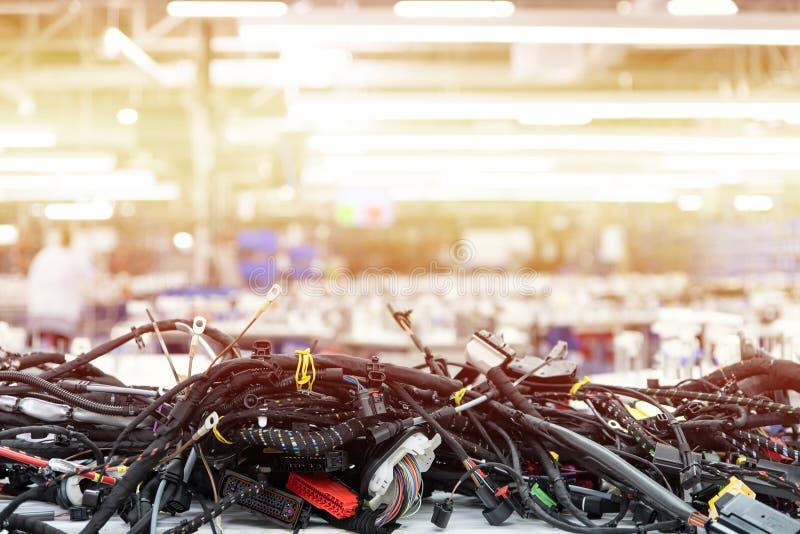 Herstellung von Verdrahtungsgeschirren, Automobilindustrie, Technologie lizenzfreies stockbild