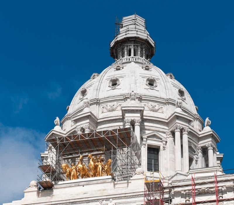 Herstelt Noodzakelijk - het Capitool van de Staat van Mn stock afbeeldingen