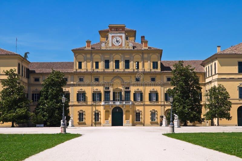 Hertigliga trädgårds slott. Parma. Emilia-Romagna. Italien. arkivfoton