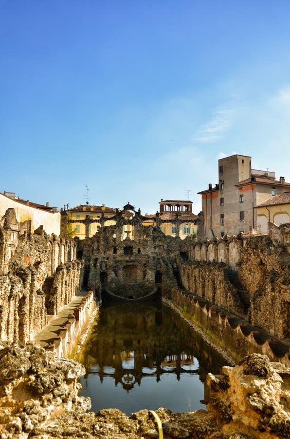 Hertogelijk paleis van Sassuolo, Italië, oude de zomerwoonplaats van Este-familie, fontein stock foto
