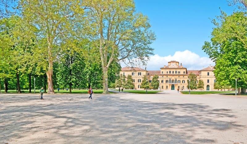 In Hertogelijk Park van Parma stock foto