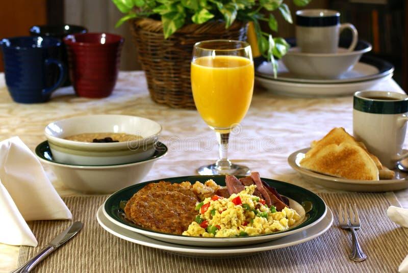 Herzliches Frühstück lizenzfreies stockbild