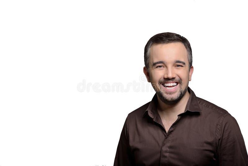 Herzlichst lächelndes horizontales Porträt des Mannes - Foto auf Lager lizenzfreie stockfotografie