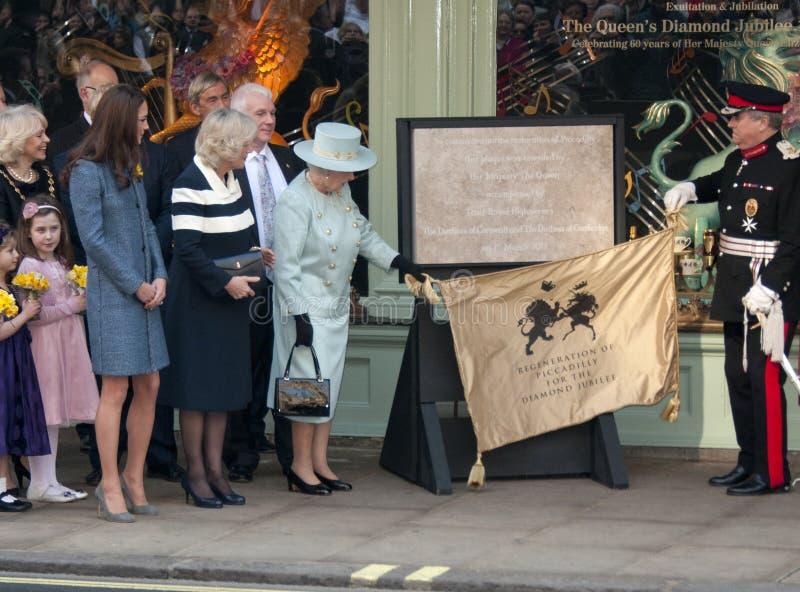 Herzogin von Cornwall, Elizabeth II, Königin, Königin Elizabeth, Königin Elizabeth II, Königin Elizabeth \ lizenzfreie stockbilder