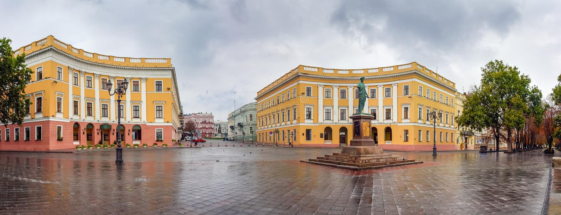 Herzogtum Richelieu Prymorskyi bulvar, Odesa, Ukraine lizenzfreie stockfotos