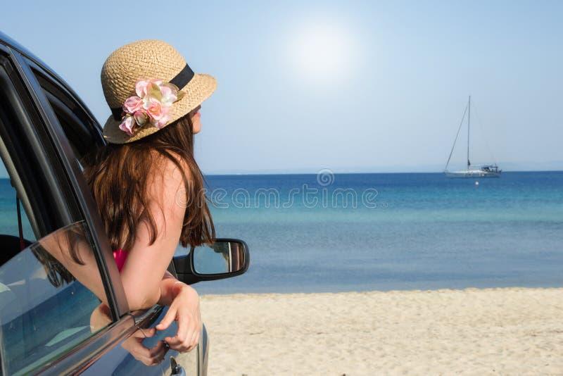 Het aankomen op het strand royalty-vrije stock foto