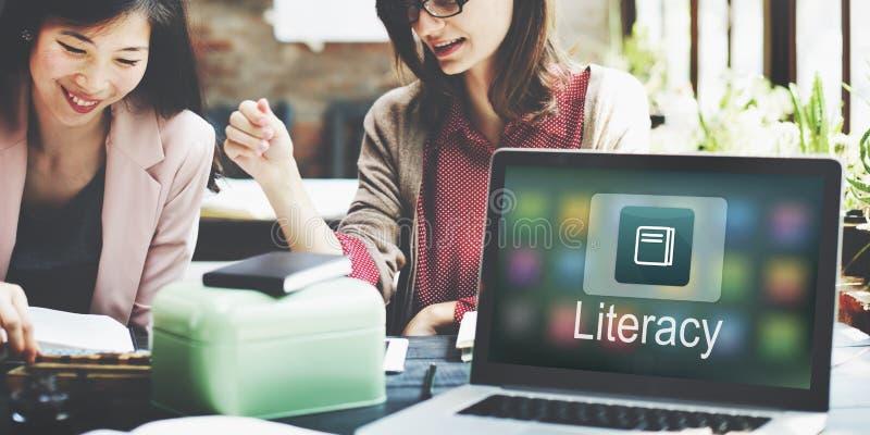 Het academische Concept van de e-Lerend Onderwijs Online Toepassing stock afbeeldingen