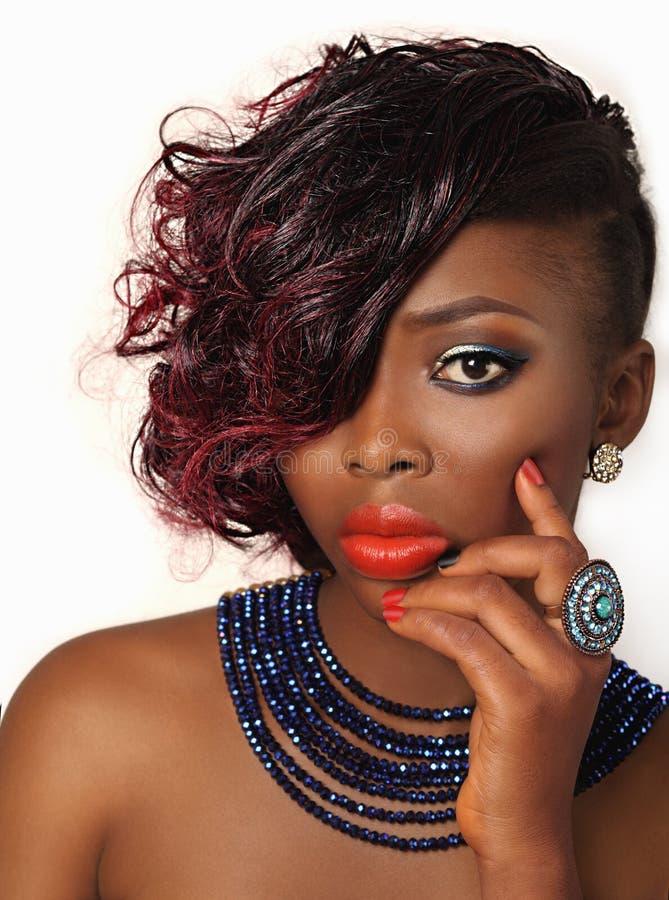 Het Afrikaanse Amerikaanse Meisje van de Manierschoonheid stock afbeelding