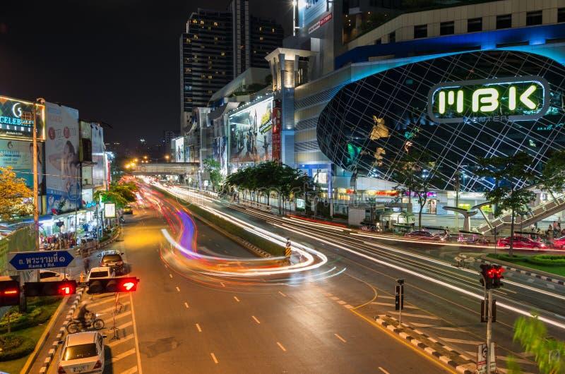 Het ahopping van Bangkok bij Nacht. royalty-vrije stock foto's