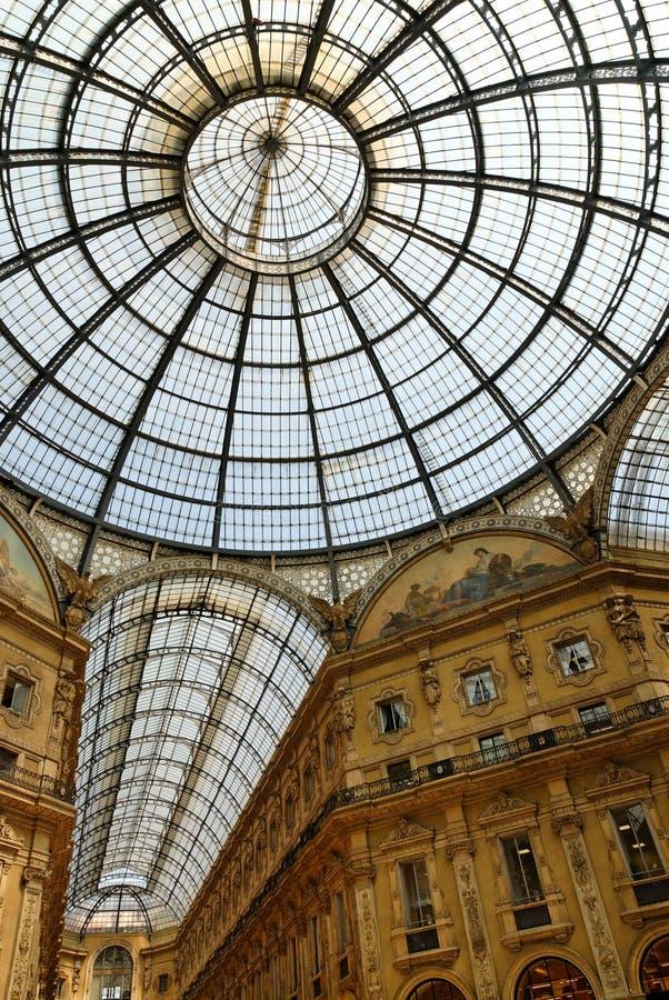 Het album van het glas - Galleria Vittorio Emanuele royalty-vrije stock afbeeldingen
