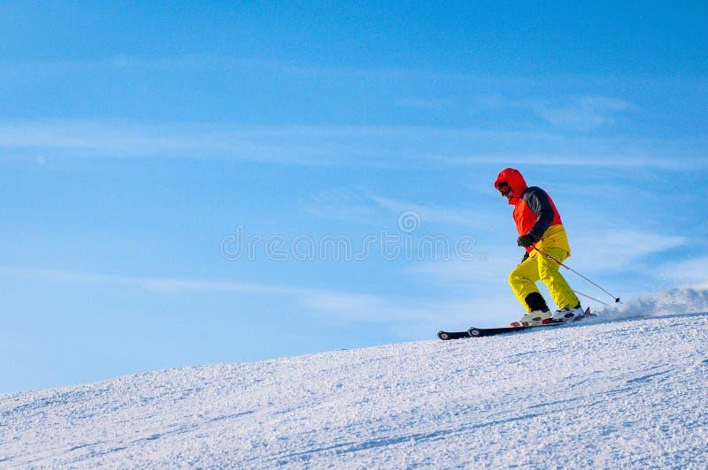 Het alpiene ski?en is de gevaarlijkste sport, maar ook het beste in termen royalty-vrije stock foto