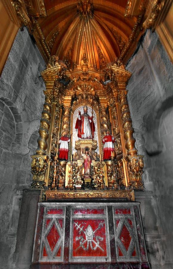 Het altaar van de kathedraal royalty-vrije stock afbeelding