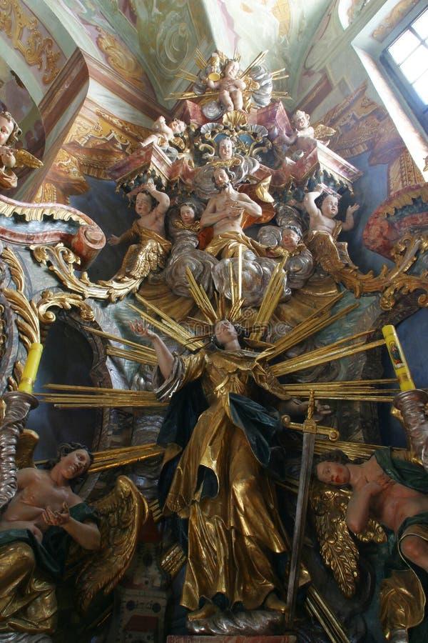 Het altaar van heilige Barbara in theChurch van Onze Dame van de Sneeuw in Belec, Kroatië stock foto's