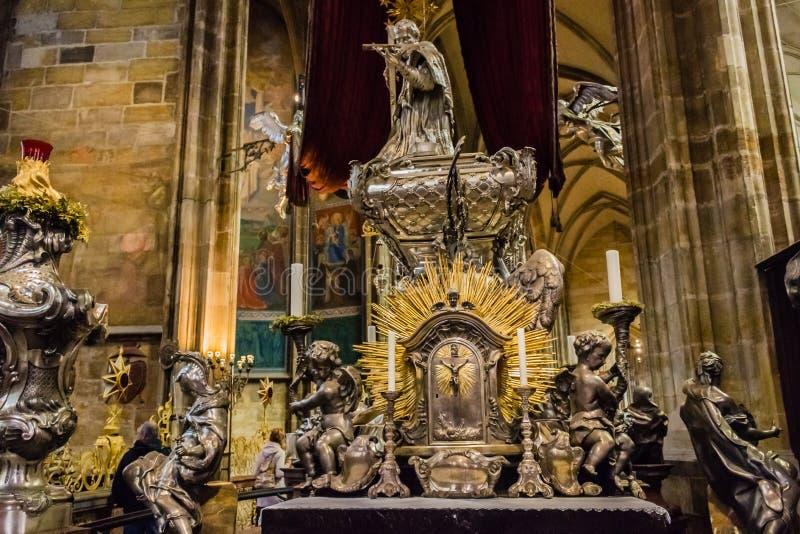 Het altaar van heilige Vitus Cathedral royalty-vrije stock afbeeldingen
